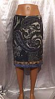 Оригинальная юбка с интересным принтом