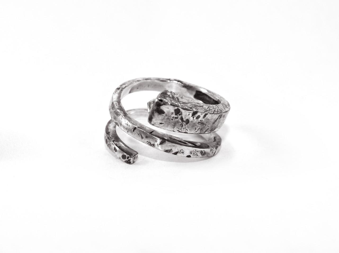 Кольцо из серебра EJ Silence Размер 19