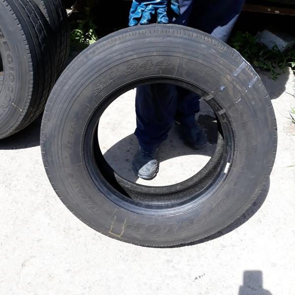Шины б.у. 215.75.r17.5 Dunlop SP344 Данлоп. Резина бу для грузовиков и автобусов