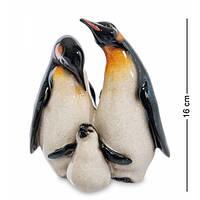 Фигурка ''Семья Королевских пингвинов''  MN- 20
