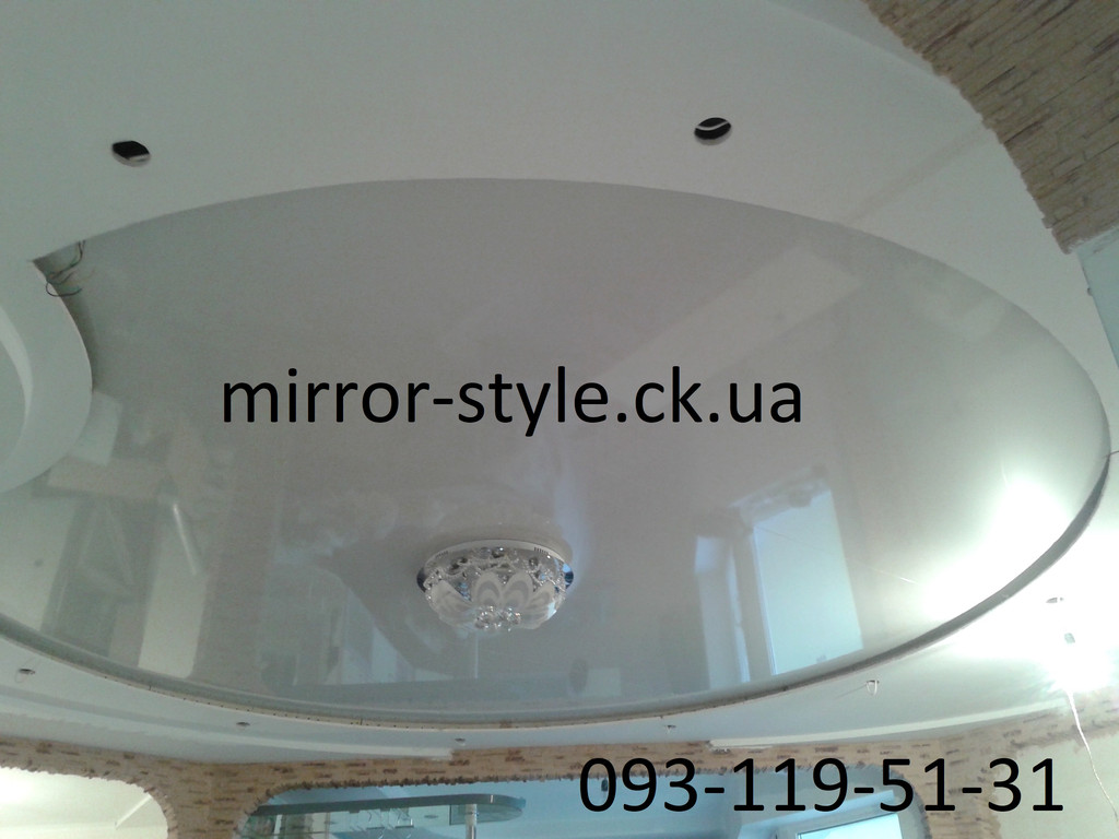 Криволинейный натяжной потолок г Черкассы по улице Михаила Грушевского