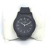 Стильные часы Lacoste в черном