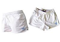 Шорты женские спортивные трикотажные окантовка. Белые