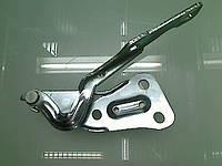 Петля (крепление , шарнир) капота левая (левый) GM 1160493 90521519 OPEL Astra-G
