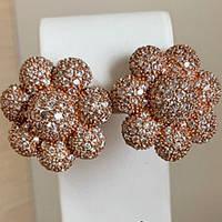 Серебряные серьги позолоченные с фианитами в форме цветка СШ-100