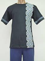 Мужская вышиванка - футболка с белым узором