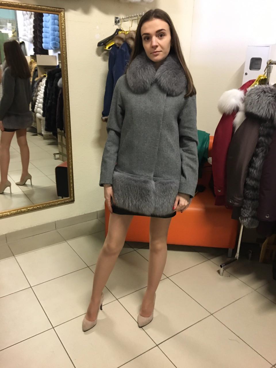 Пальто кашемировое с натуральным мехом финского песца, мех сьемный