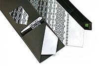 """Мужской вышитый набор: галстук с платочками """"Ворон"""""""