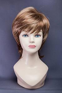 Короткий парик,цвет мелирование светло-русый с карамелью