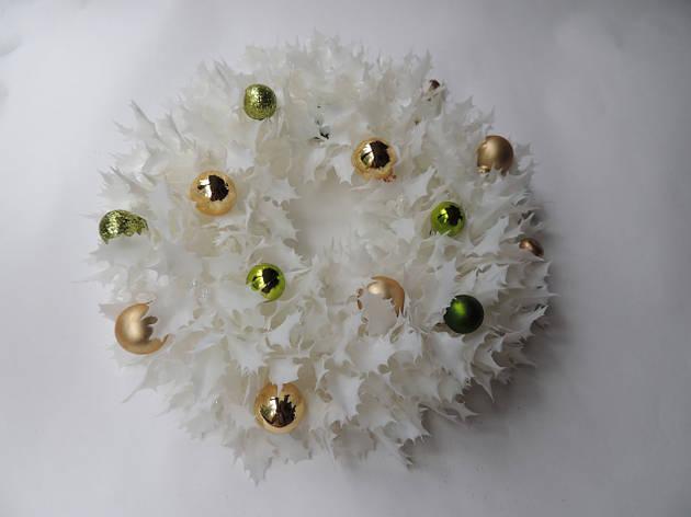 Новогодний рождественский венок с шарами №8 26 см Белый (9590038IK), фото 2