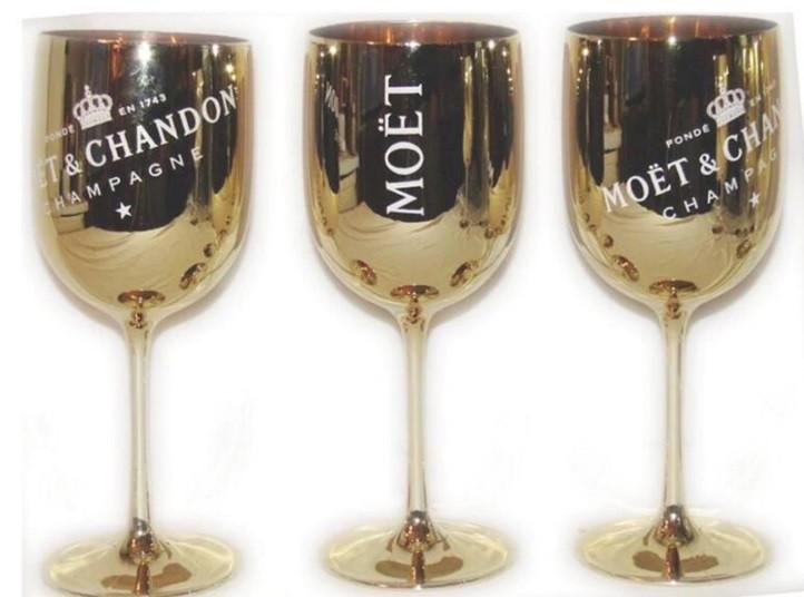 Фирменные бокалы для шампанского Moët & Chandon. фужеры Моет Шандон. Золотые moet