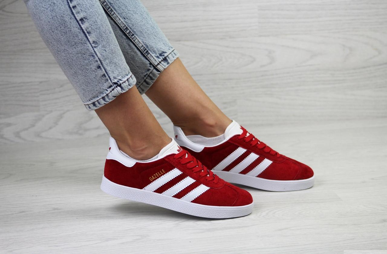 Женские кроссовки Adidas Gazelle,замшевые,красные