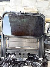 Стекло люка крыши Audi A8 D3 4E0877041E