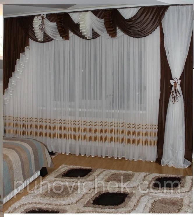 Шторы в зал с балконной дверью