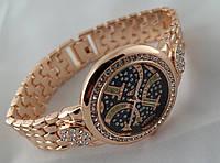 Стильные женские часы Gucci - цвет розовое золото, черный циферблат, фото 1