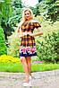 Цветочно-клетчатый мотив рисунка и полуоткрытые плечи, платье с микромасла