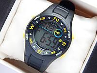 Водонепроницаемые спортивные наручные часы LSH-1079 - черные с желтым, фото 1