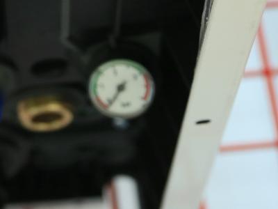 Аналоговый манометр газового котла Ariston CLAS ONE 24
