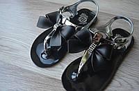 Детские черные сандали вьетнамки  на девочку фирмы River Island