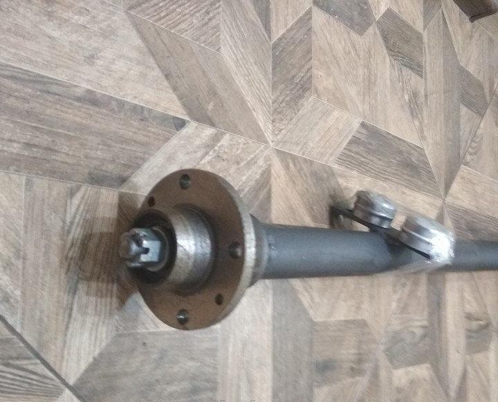 Балка АТВ-155 (01П) для прицепа усиленная со ступицами шплинтованными Бут