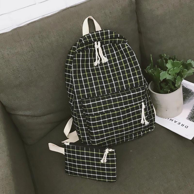 Рюкзак в клеточку набор 2в1 с пеналом черный.