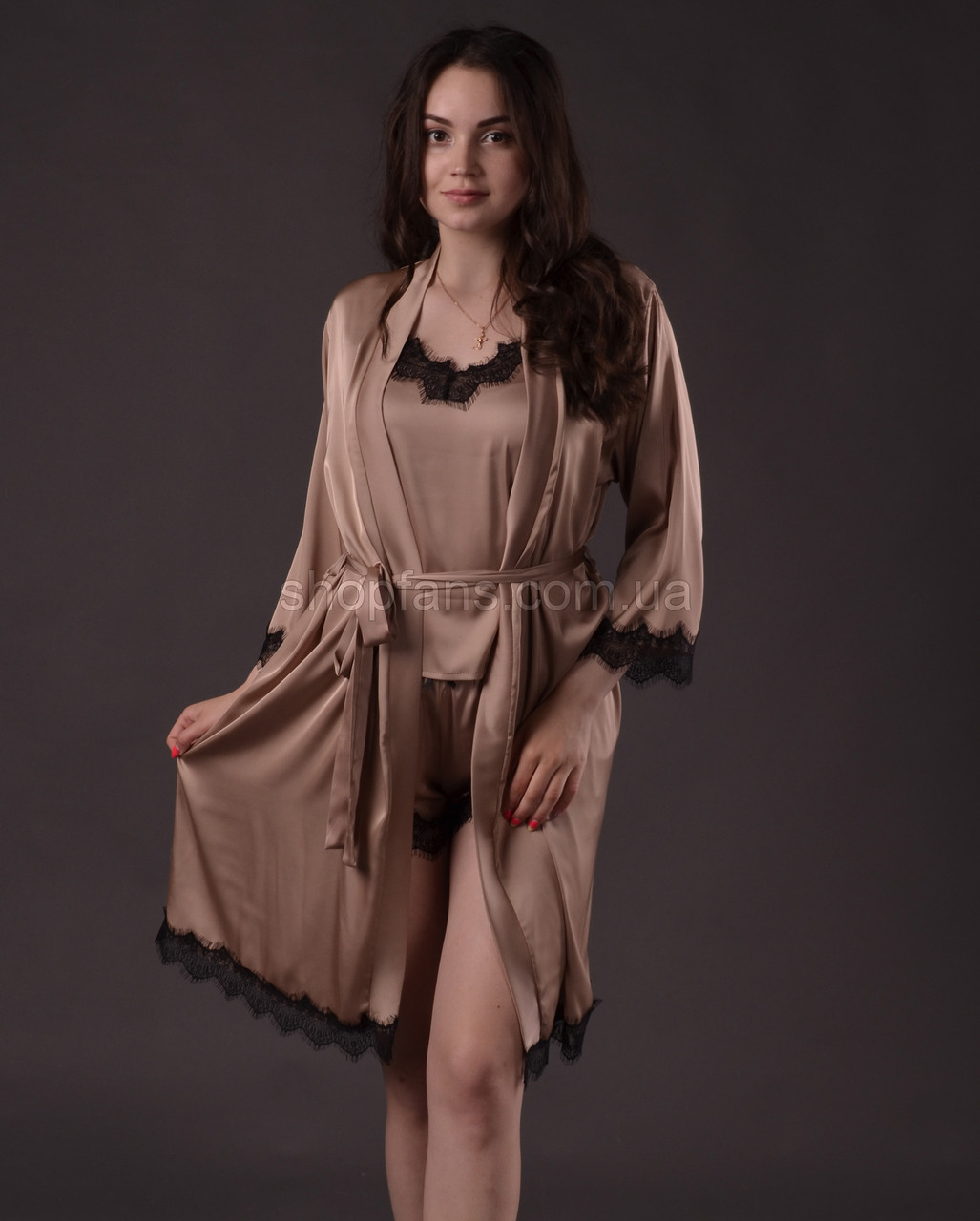 Комплект женский ( шорты с маечкой + халат )  из шелка Армани с французским кружевом Шантильи