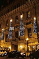 Новогоднее оформление фасадов домов, зданий, подсветка фасада, украшение крыши дома гирляндами
