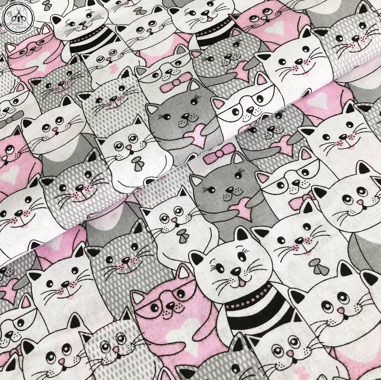 """Польская хлопковая ткань """"коты серо-розовые"""""""
