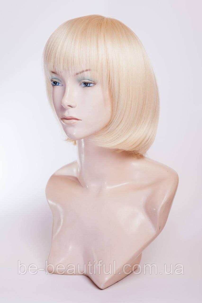 Парик из термоволокна №5. Цвет классический блонд