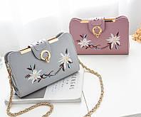 Женская сумочка клатч с вышивкой, фото 1