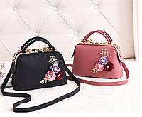 Стильная женская сумка с цветами