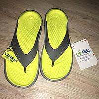 Вьетнамки Crocs LiteRide Flip Gray кроксы унисекс лайтрайд флипы сланцы оригинал