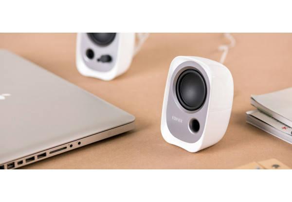 Колонки для компьютера 2.0 Edifier R12U White, сателлиты 2 x 2 Вт, пластиковый корпус, разъем для наушников, питание от USB, управление спереди, фото 2