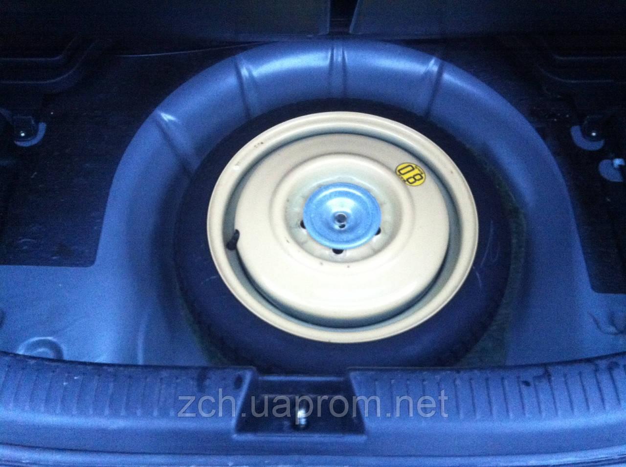 Держатель запаски Mazda 3 sedan