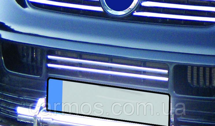 Накладка на решетку бампера (нижнюю решетку) Volkswagen Т5 (фольксваген т5), нерж. 2 шт
