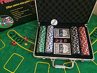Набор для игры в покер 200 фишек в алюминиевом кейсе   покерный набор новый
