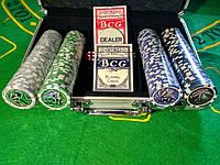 Набор для игры в покер 200 фишек с номиналом и оформлением в кейсе   новый покерный набор
