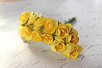 Декоративные бумажные цветочки 144 шт., розы 2 см на ножке ярко-желтого цвета оптом