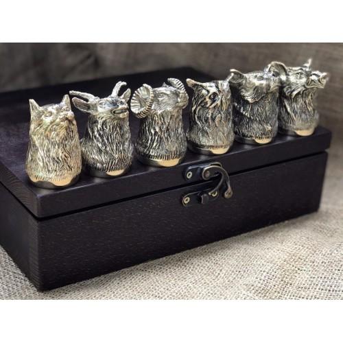 Набор 6 чарок Охотничьих в кейсе из натурального дерева