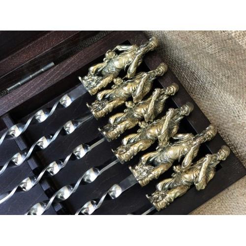 Комплект шампуров Козак  в кейсе из натурального дерева