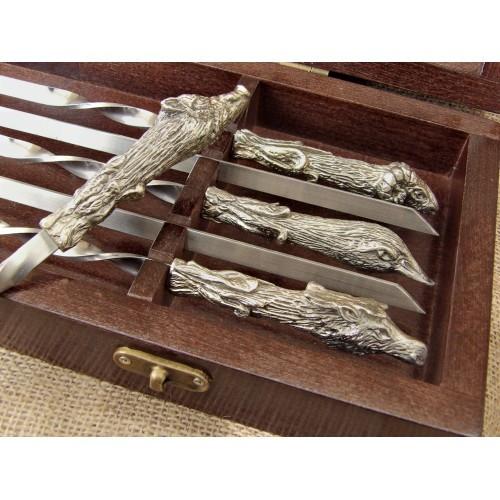 Комплект шампуров Охотничий трофей  в кейсе из натурального дерева