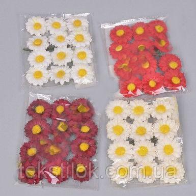 Бутоньєрка ромашка 12 шт. паперові квіти на дротику