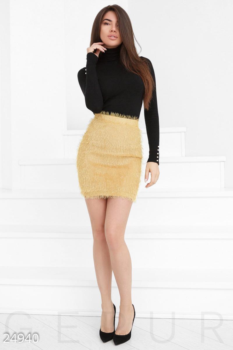 Мини-юбка с высокой посадкой из пушистой пряжи желтая