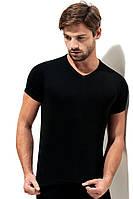 Однотонная футболка мысом чераня рибана, фото 1