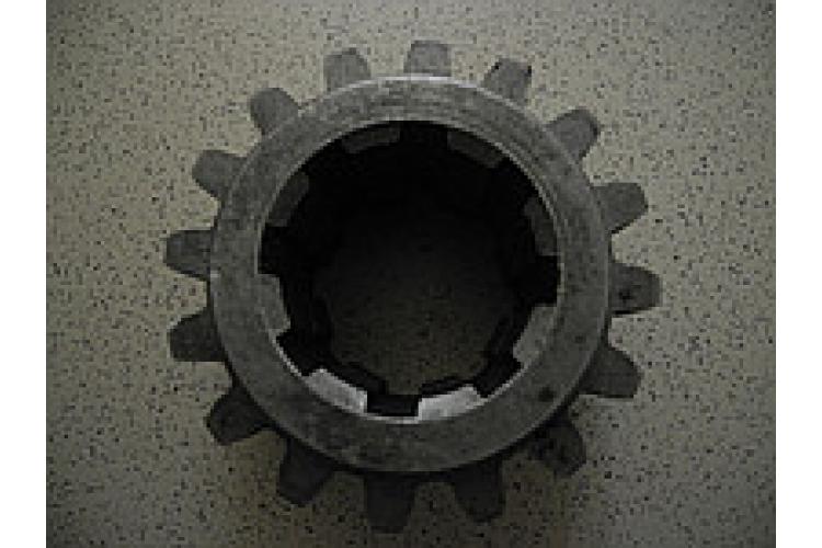 Шестерня ведущая редуктора КПП ЮМЗ Z=16