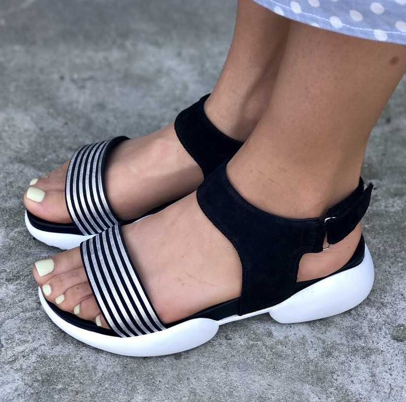 b4eff940a12 Модные женские кожаные босоножки сандалии на танкетке на белой платформе ...