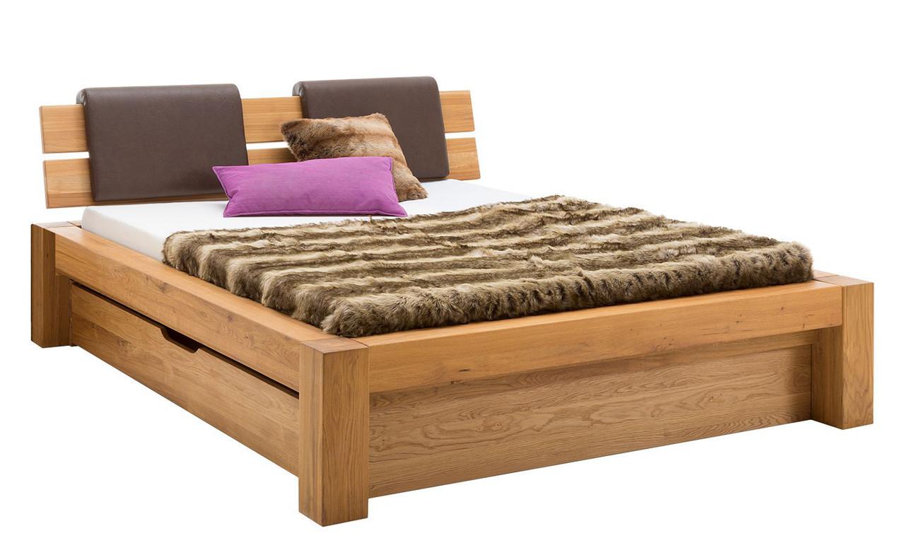 Кровать из массива дерева 026