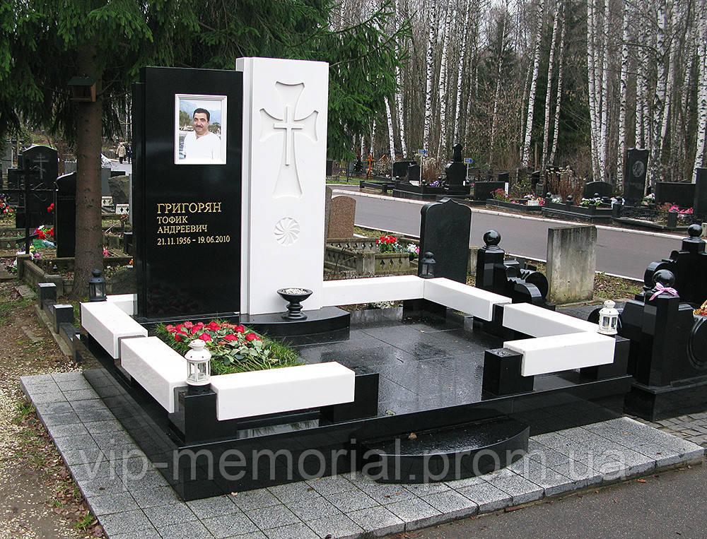 Мемориальный комплекс МК-325