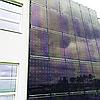 Сонячні станції на фасадах - відмінна альтернатива розміщення на каркасах.