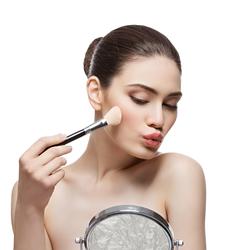 Аксессуары для макияжа и по уходу за телом
